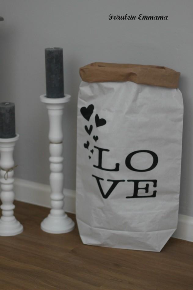 Love IMG_3947