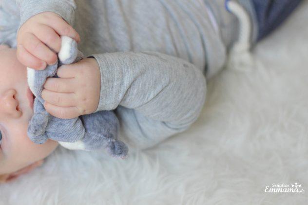 Spielen Mit Einem Baby 5 Spielideen Für Den Alltag Fräulein Emmama