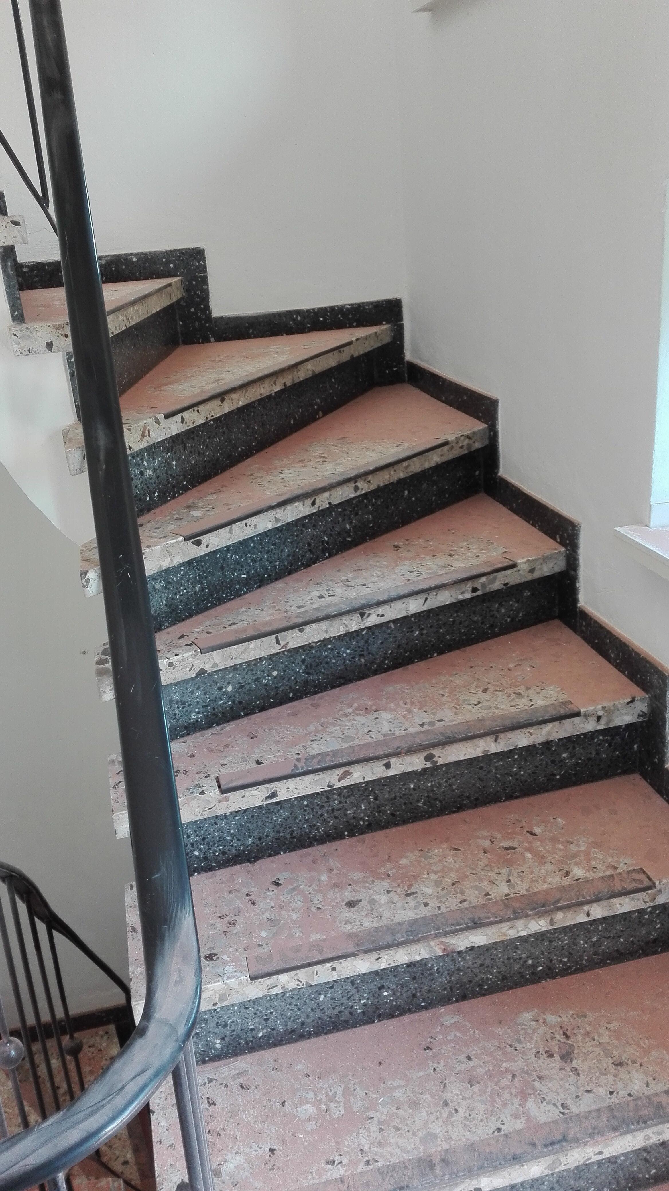 hässliche treppe verschönern