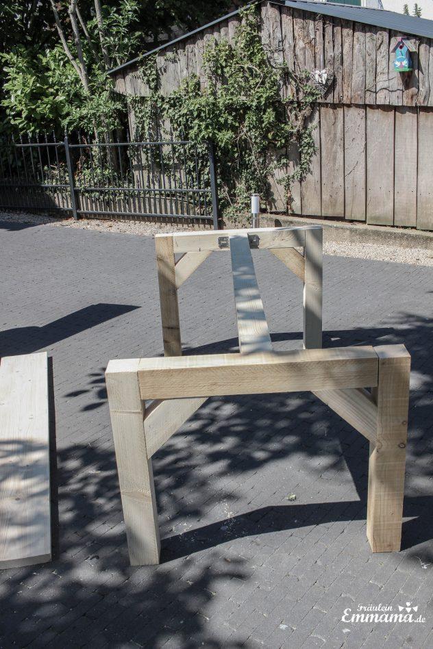 Gartentisch aus Bauholz selber bauen